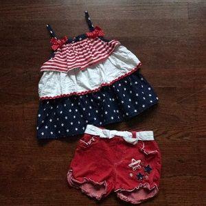Nanette Patriotic Outfit